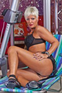 Claudia Dei ( porno attrice ) , Sesso Gratis in CentoXCento Streaming e Film Porno Italiani , Claudia Dei in Video Porno Gratis , Porno Amatoriali .